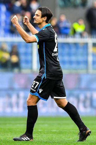 Felipe Dal Bello deluso: la sua palla gol non entra per poco (foto Ansa)
