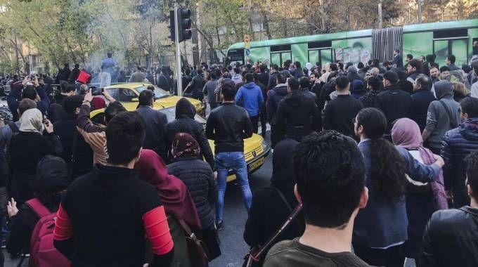 Iran, un momento delle proteste (Ansa)