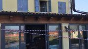 Il locale incendiato (foto Fiocchi)