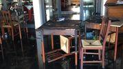 I tavoli bruciati dalle fiamme (foto Fiocchi)