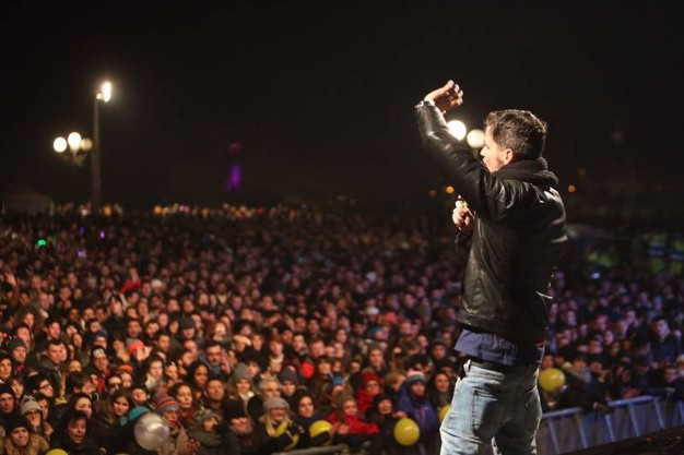 La festa a Firenze: Lorenzo Baglioni sul palco (Marco Mori / New Press Photo)