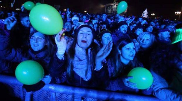 La festa sul piazzale Michelangelo a Firenze (Marco Mori / New Press Photo)