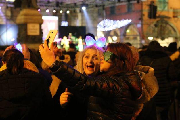 San Silvestro, i festeggiamenti a Pisa (foto Valtriani)