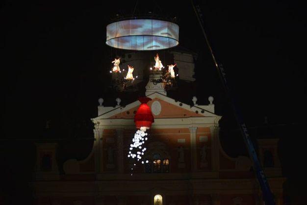 Spettacolo a Carpi in piazza dei Martiri (FotoFiocchi)