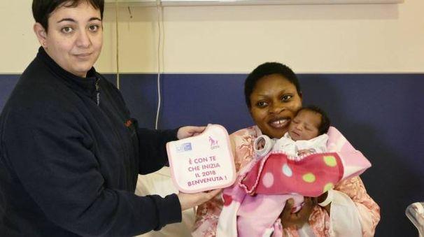 Vanessa Osayaomo Omobude è la prima nata a Prato nel 2018 (Foto Attalmi)