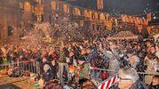 Botti di Capodanno in piazza del Popolo (foto Ravaglia)