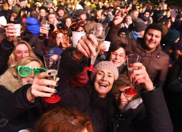 Si brinda al nuovo anno (Foto Migliorini)