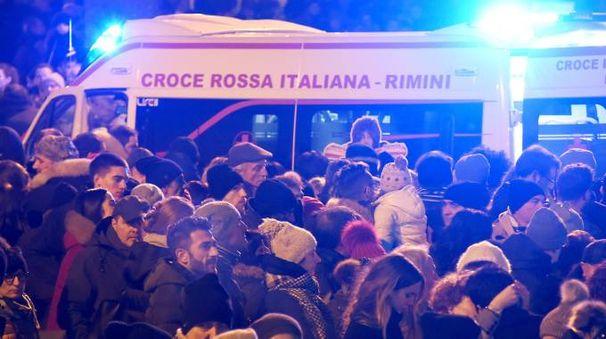 Un'ambulanza a Rimini (foto Migliorini)