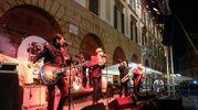Anche la storica band di Giuliano Palma, i Bluebeaters (foto Frasca)