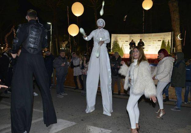 La festa per l'arrivo del nuovo anno a Milano Marittima (foto Carlo Morgagni)