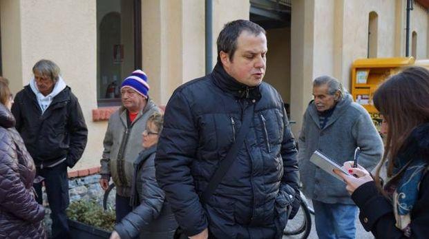 Don Luca Palei ospita i senzatetto