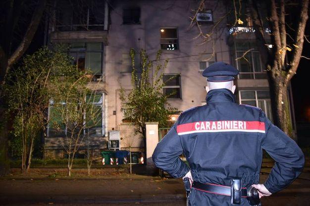 Tutta la palazzina è stata evacuata (Foto Fantini)