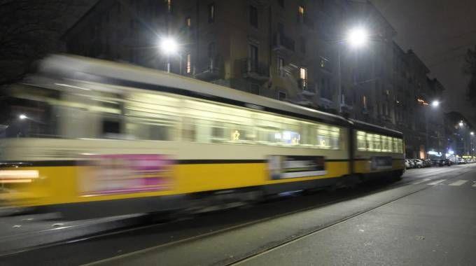 Un tram a Milano (Newpress)