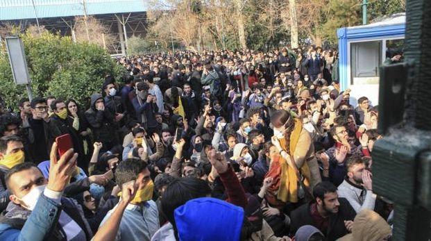 Iran proteste (Ansa)