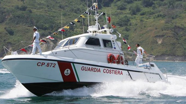 Guardia costiera in una foto di repertorio (Fotoprint)