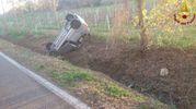 Montiano, auto si ribalta