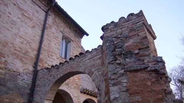 L'edificio è suggestivo, era frequentato anche dal giovane Giovanni Pascoli
