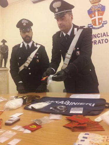 La conferenza stampa dei carabinieri dopo il sequestro di droga a Chinatown
