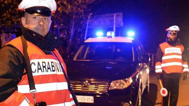 Carabinieri impegnati nei controlli notturni