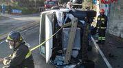 Una delle auto cadute dalla bisarca