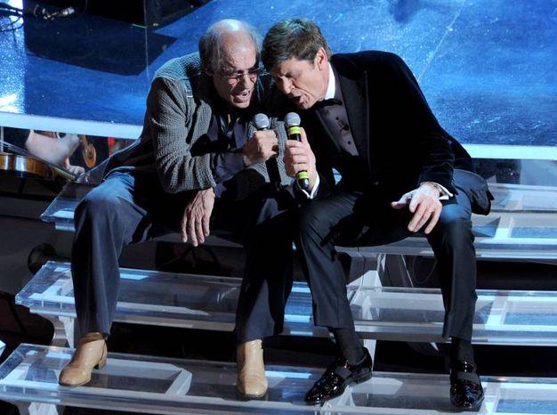 Adriano Celentano duetta con Gianni Morandi (Ansa)