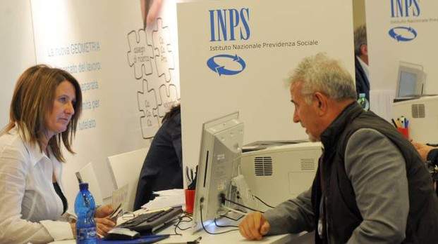Cambia banca ad agosto e l'Inps  non gli accredita più la pensione