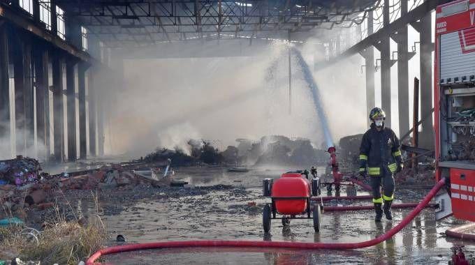 Corteolona, vigili del fuoco al lavoro (Torres)