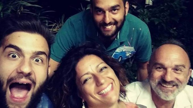 Silvana Angelucci e Luciano Caporale con i figli Elia e Nicola