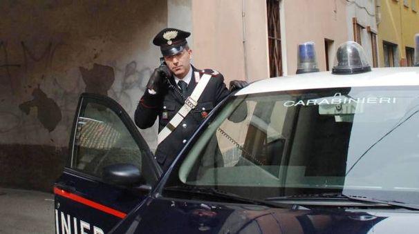 I carabinieri hanno fatto scattare le manette