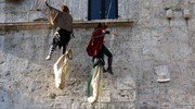 Dodici Befane si sono calate da palazzo dei Capitani (LaBolognese)