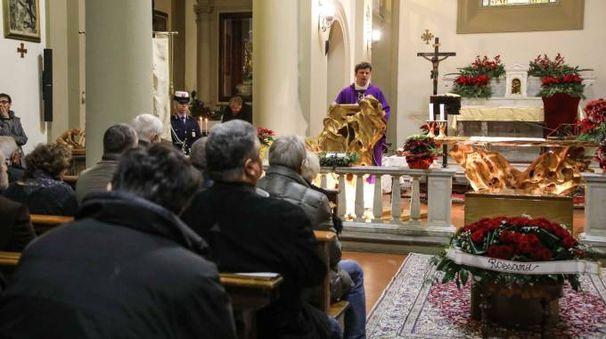 Il funerale del professor Pedretti (foto Tommaso Gasperini/Germogli)