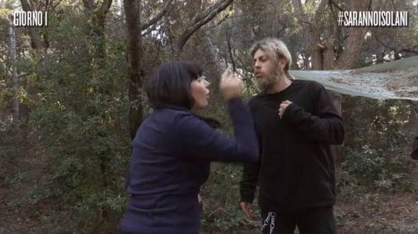 Litigio tra Barbara e Federico durante il primo giorno di 'Saranno isolani'