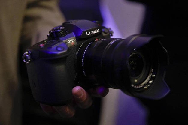 Panasonic Lumix GH5S mirrorless camera (Ansa)