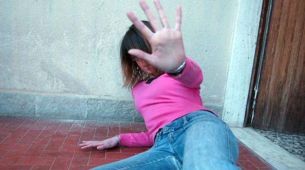 Violenza sessuale (foto archivio)