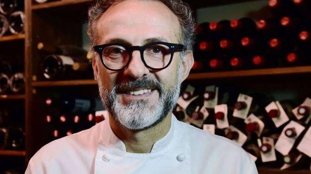 Lo chef Massimo Bottura ha avviato un progetto con il Museo Gucci a Firenze, con sale dedicate alla ristorazione