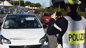L'auto che ha investito l'anziana (foto Migliorini)