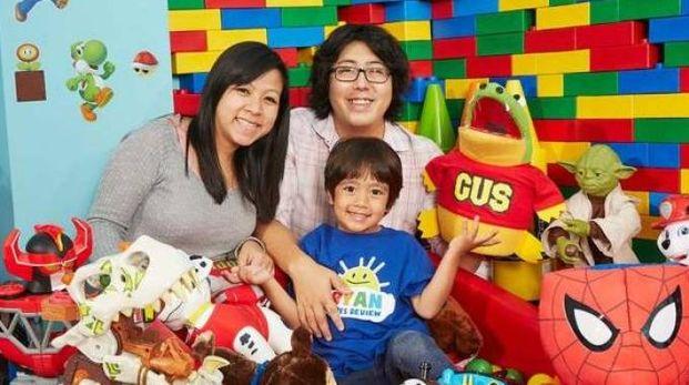 Ryan con mamma e papà (da Qn)