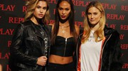 Meredith Mickelson, Joan Smalls, Bar Refaeli  (Gianluca Moggi/New Press Photo)
