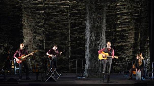 Cinque compagnie di teatro saliranno sul palco per sette appuntamenti