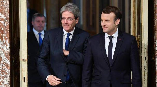 Italia-Francia, Paolo Gentiloni ed Emmanuel Macron (foto Ansa)