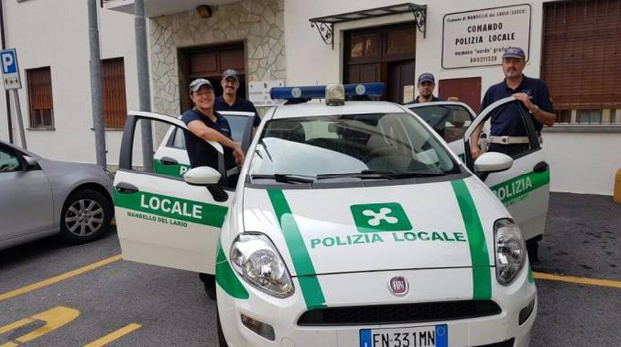 La polizia locale di Mandello