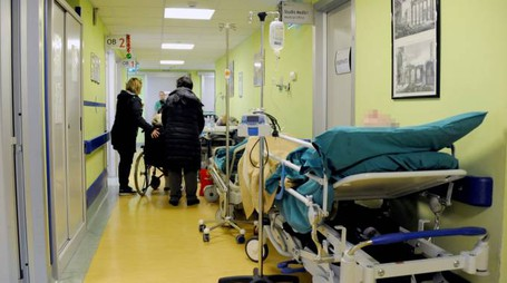 Pronto soccorso sovraccarico di lavoro e pazienti con un aumento del 150%