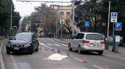 La donna, che abitava a San Lazzaro di Savena è stata  travolta da una vettura che viaggiava in direzione centro (Foto Schicchi)