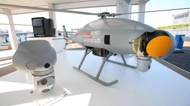 L'elicottero senza pilota AW Hero
