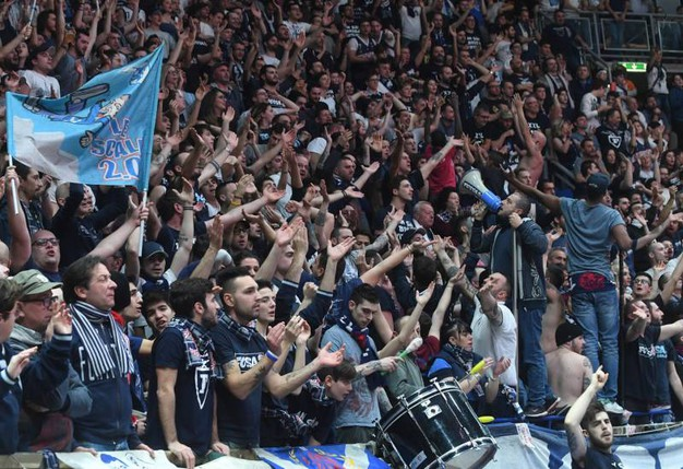 I tifosi della Fortitudo (foto Schicchi)