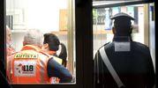 Carabinieri e personale del 118 sul posto (Scardovi)