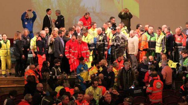 Un momento dell'incontro al Teatro Verdi (Umberto Visintini / New Press Photo)