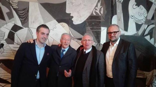 Il sindaco di Pieve di Cento, Maccagnani, il fondatore museo Bargellini, Giulio Bargellini e gli assessori Bianchi e Mezzetti