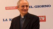 Monsignor Zuppi in visita al Carlino (foto Schicchi)