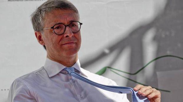 Il presidente  dell'Anticorruzione Raffaele Cantone (Ansa)